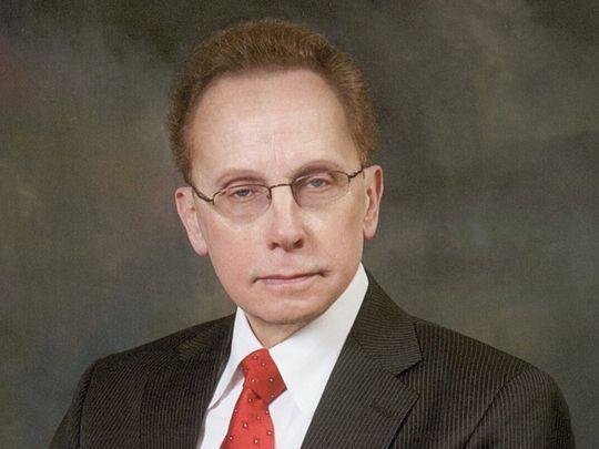 Warren Mayor James R. Fouts